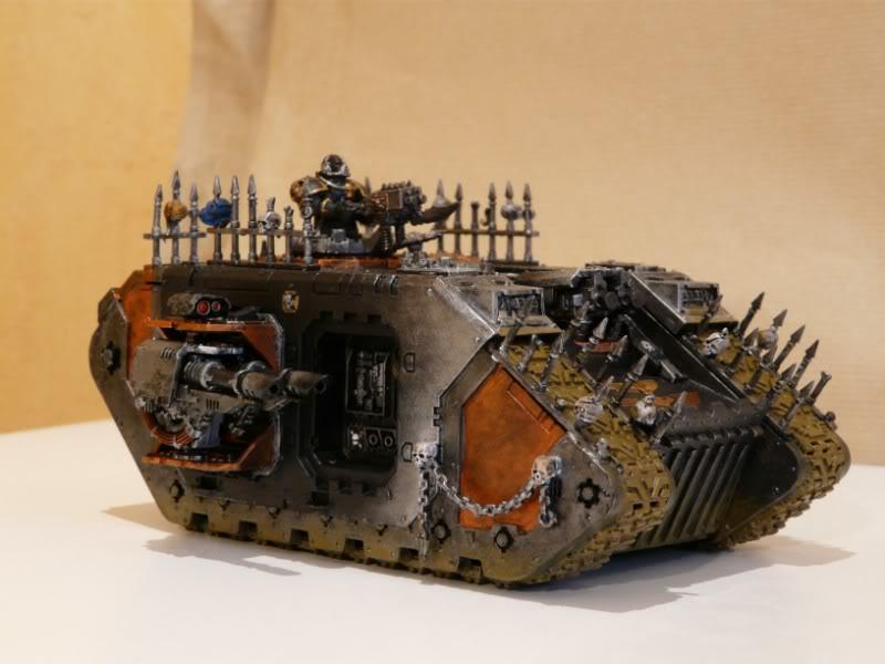 warhammer tank1