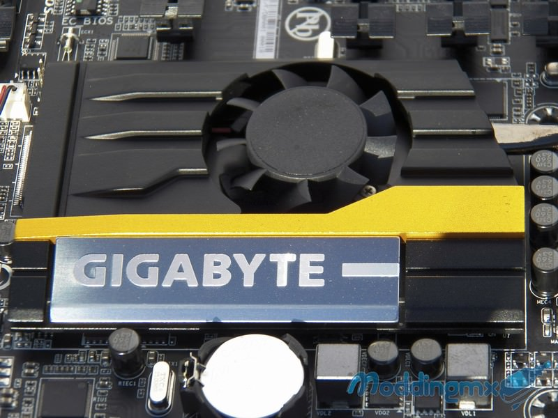 Gigabyte-Z87X-UD7-TH-15