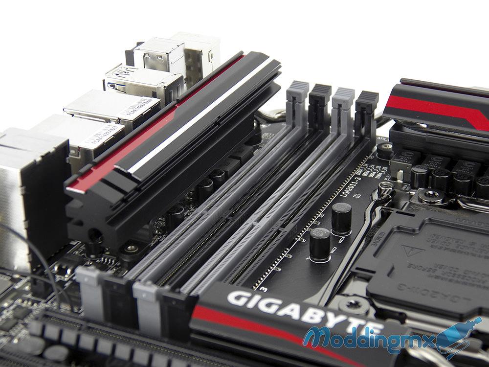 Gigabyte-X99-GAMING-G1-WIFI-15