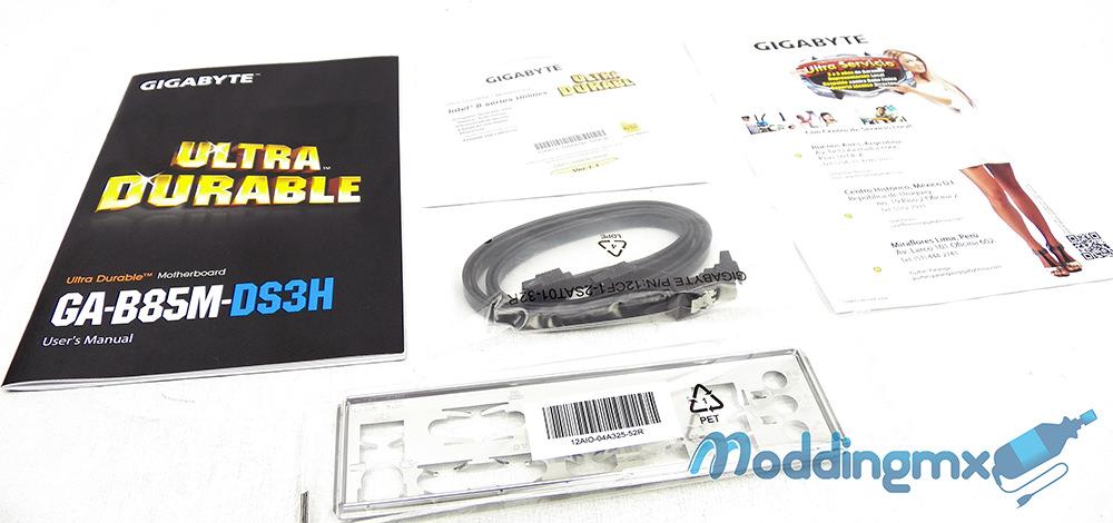 Gigabyte-B85M-DS3H-3